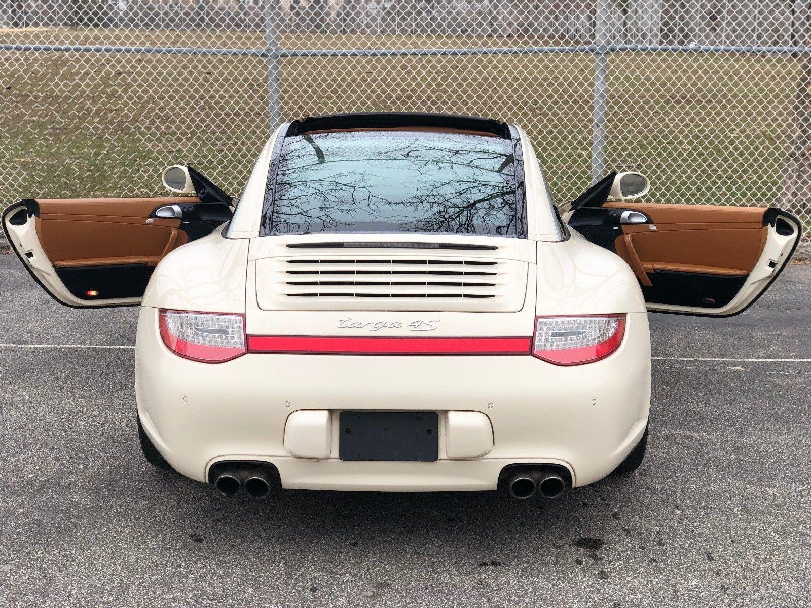 Used-2012-Porsche-911-Targa-4S